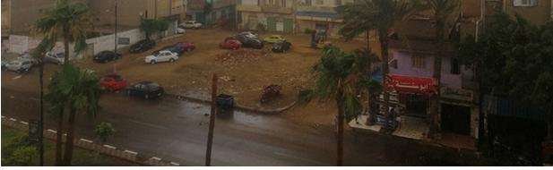 5 2 - ألان أمطار غزيرة ورعدية منذ قليل على السويس