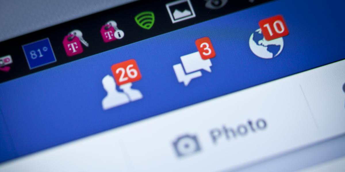 """تقارير : فضيحة عالمية جديدة تهز """"عرش الفيس بوك"""" !!"""