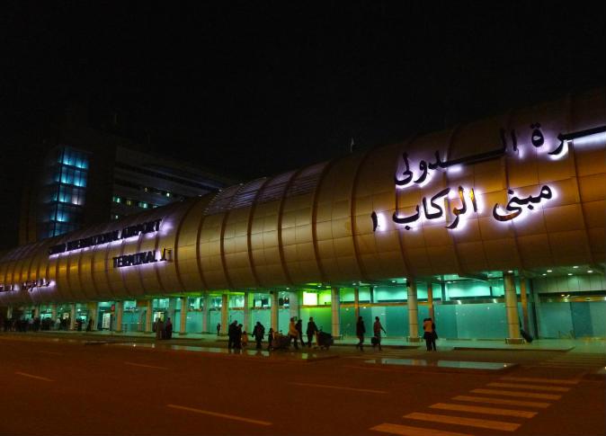 """عاجل.. تفاصيل مثيرة وراء هبوط """"طائرة فرنسية"""" إضطراريًا منذ لحظات داخل مطار القاهرة"""