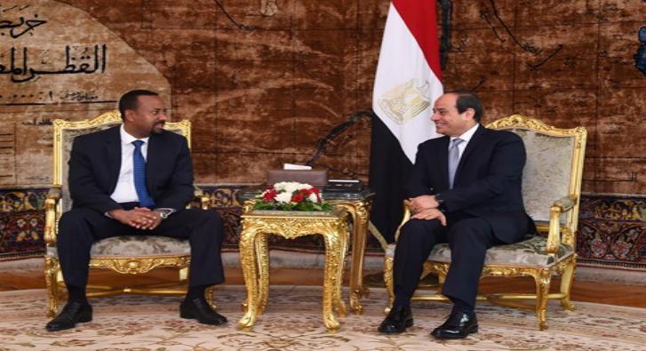 رئيس الوزراء الإثيوبي يقسم أمام السيسي بالحفاظ على مياه النيل وخبير يوضح مدلولات القسم