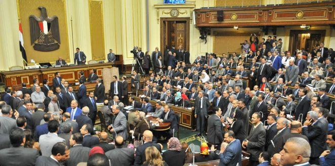 البرلمان المصري يقر قانون تنظيم الصحافة والإعلام المثير للجدل