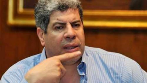 الإعلامي «أحمد شوبير» يُعلن عن الموعد الجديد لإقامة مباراة القمة بين الأهلي والزمالك