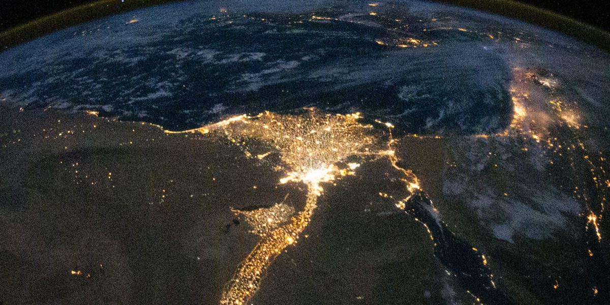 """كاتب صيهوني يستفز مشاعر المصريين بتصريحات نارية: """"تحية لأم الدنيا.. إسرائيل !!"""""""