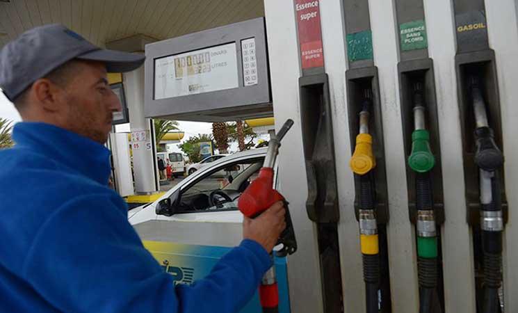عاجل.. البترول تقرر رسميًا إلغاء أحد أنواع البنزين وتكشف عن البديل