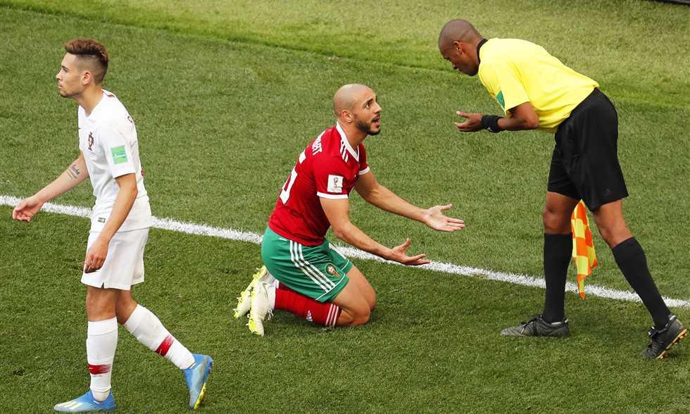 لاعب المغرب يكشف تفاصيل أغرب واقعة في كأس العالم 2018 !!
