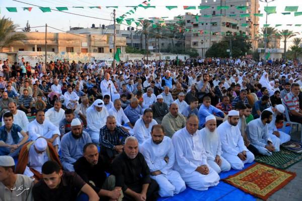 """تعرف على حكم """"صلاة الجمعة"""" إذا جاءت في أول أيام عيد الفطر المبارك"""