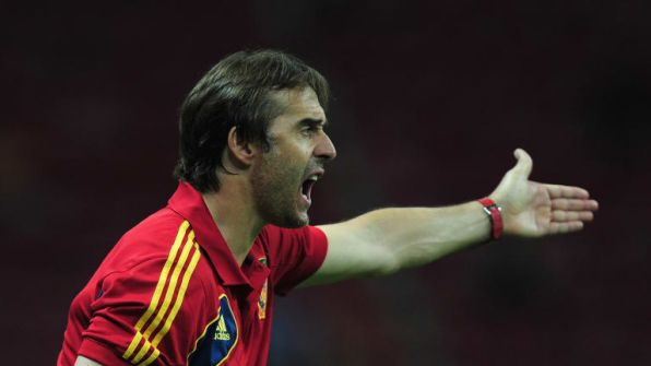 مفاجأة مدوية.. أسبانيا تعلن إقالة مدربها قبل ساعات من كأس العالم!!