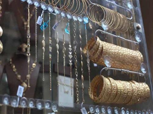 مفاجأة مدوية.. جرام الذهب ينخفض بمقدار 50 جنيه.. ويسجل أقل سعر له منذ ثلاث سنوات