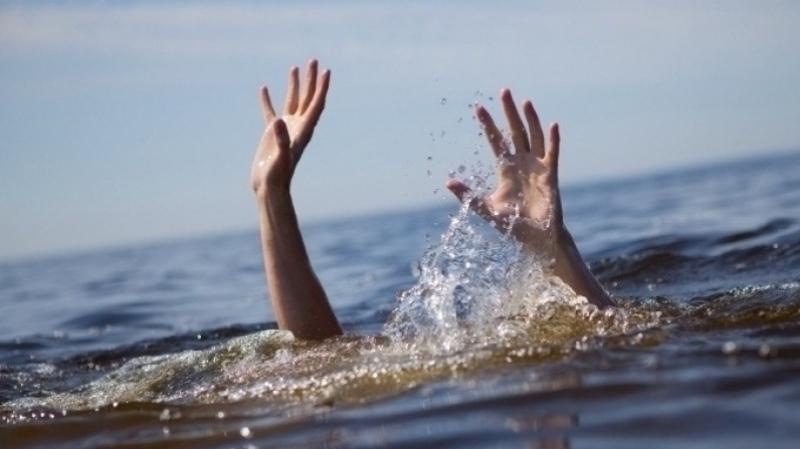 6 شباب جمعتهم الصداقة أحياء.. وجمعهم الموت في نفس الوقت