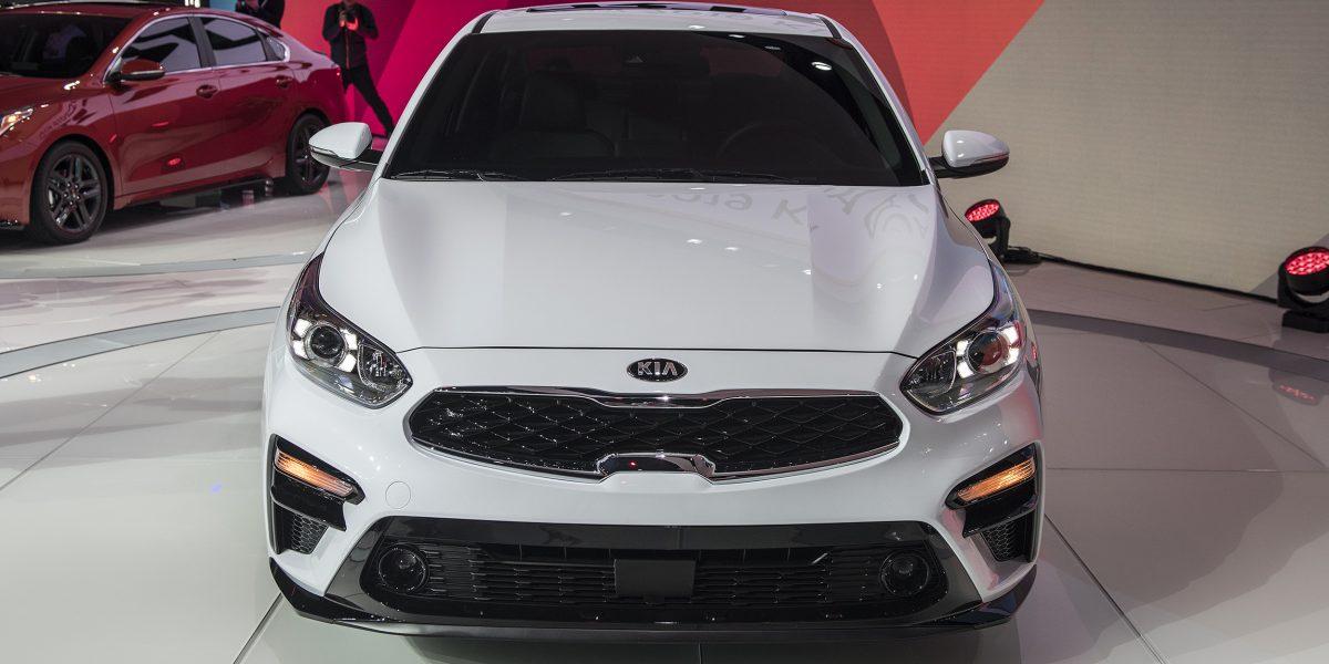 سعر ومميزات السيارة كيا سيراتو 2019 – KIA CERATO 2019