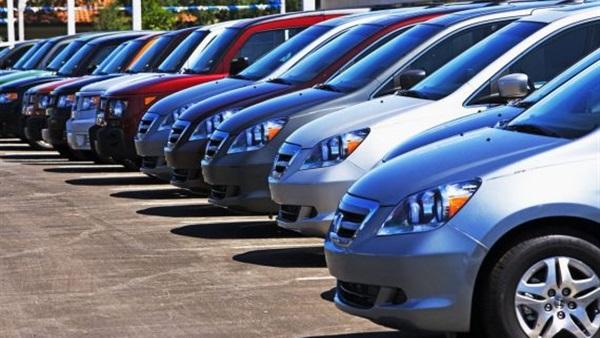 مفاجأة.. مصادر رسمية تكشف موعد إنخفاض أسعار السيارات الجديدة في مصر