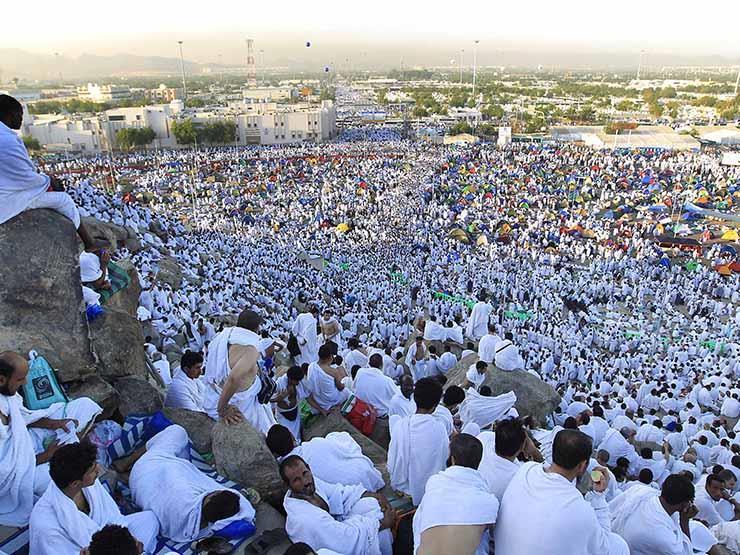 """""""البحوث الفلكية"""" تعلن موعد وقفة عرفات وأول أيام عيد الأضحى المبارك.. تعرف على أجازة عيد الأضحى للعاملين بالحكومة"""