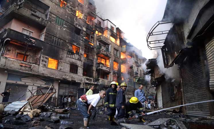 عاجل.. كارثة جديدة تضرب القاهرة منذ قليل والحماية المدنية تدفع بـ 15 سيارة إطفاء لإنقاذ الموقف