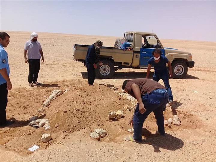 عاجل.. العثور على جثث 3 مصريين في الصحراء بعد وفاتهم في ظروف غامضة !!