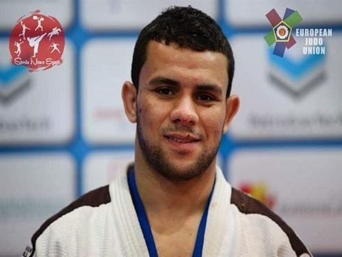 بالفيديو .. بطل مصر في الجودو يسحق خصمه الإسرائيلي بالقاضية ويرفض مصافحته