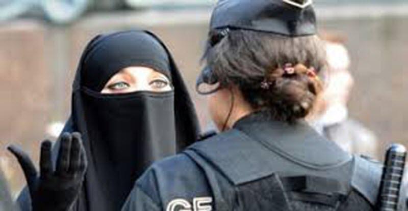 مسلمات الدنمارك يقررن تحدي قرار منع النقاب