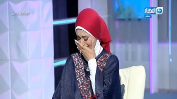 شاهد| بكاء هستيري حار من إعلامية مصرية شهيرة أمام جميع المشاهدين منذ قليل
