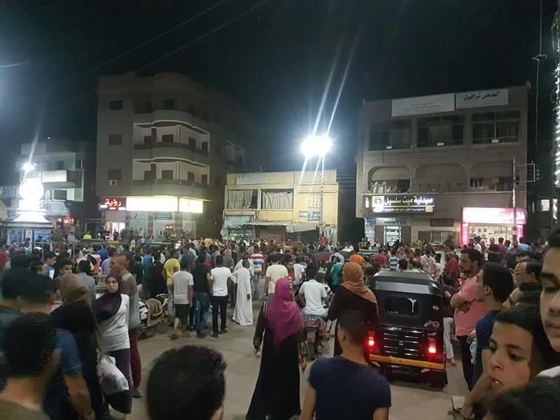"""الأمن يفض تجمهرا لأهالي """"ميت سلسيل"""" للمطالبة ببراءة محمود المتهم بقتل طفليه"""