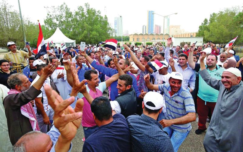 عاجل.. قرار تاريخي من الحكومة يٌسعد ملايين المصريين في الخارج