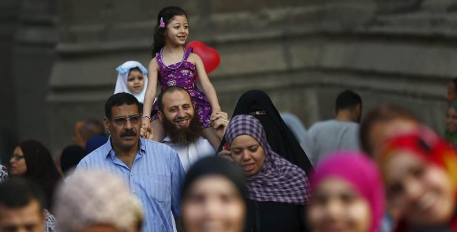 بالتفاصيل.. مصادر حكومية تؤكد: مفاجآت بالجملة تنتظر المواطنين بعد العيد