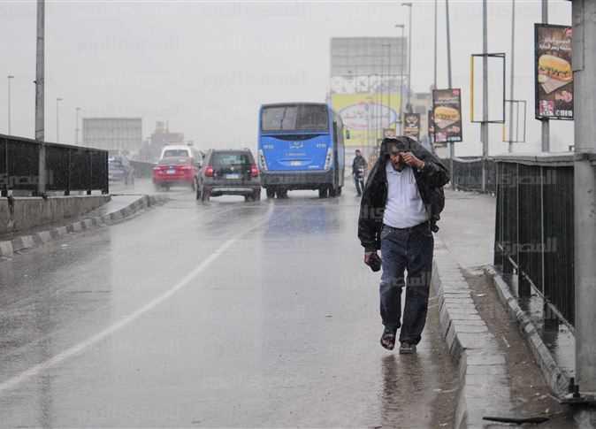 """عاجل.. هيئة الأرصاد: """"الحر خلص"""".. أمطار ورياح تضرب هذه المحافظات اليوم الثلاثاء"""