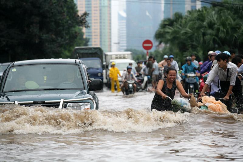 ضحايا الأمطار الصيفية في الهند يصل إلي 1400 شخص في ولايات مختلفة