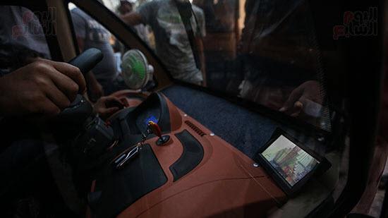 بالصور   توك توك كهربائي وله 4 أبواب وشبابيك ويسير على 4 عجلات يغزو مصر قريبًا 3