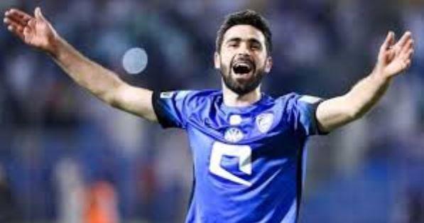 """نادي بيراميدز يخطف """"ماكينة الأهداف"""" عمر خربين من الهلال السعودي"""