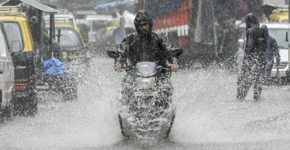 الأرصاد تكشف عن توقعات حالة الطقس غدا الخميس: أمطار غزيرة ورياح مثيرة للأتربة.. ومفاجأة في درجات الحرارة