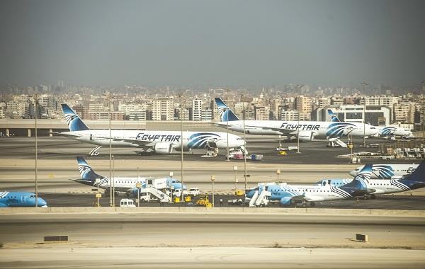 """بالتفاصيل.. الأرصاد تحذر حدوث """"إنفجار"""" للطائرات في سماء مصر خلال الساعات المقبلة"""