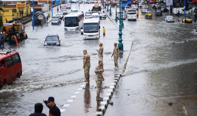"""""""إنذار هام"""".. الأرصاد تؤكد: أمطار غزيرة وسيول تضرب عدة محافظات خلال 48 ساعة"""