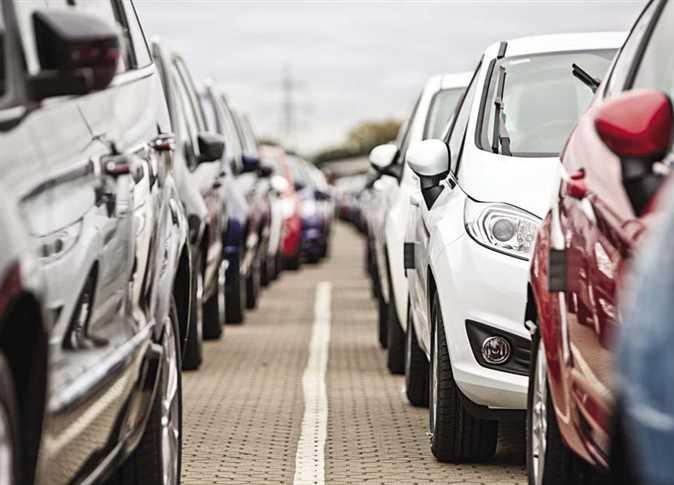"""بعد قرار تاريخي من السيسي.. مفاجآت مدوية تقلب موازين """"سوق السيارات"""" منذ قليل"""