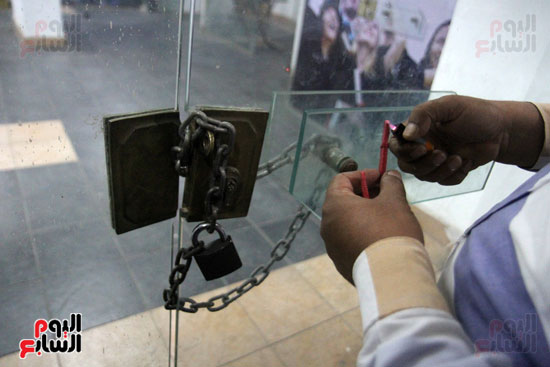 """بعد حملة تشميع وغلق المراكز.. """"التعليم"""" فصل أي مدرس يتم ضبطه في مراكز الدروس الخصوصية.. وعقوبات تصل للسجن في القانون الجديد (صور) 5"""