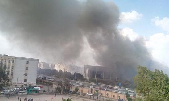 """عاجل.. حريق هائل يضرب """"مدينة نصر"""".. وإخلاء السكان بواسطة الحماية المدنية"""