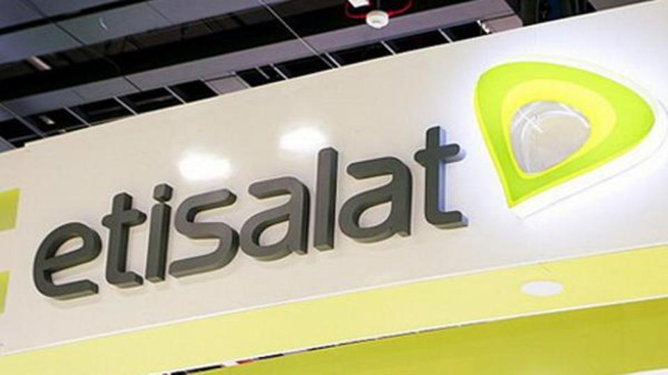"""عاجل.. شركة """"إتصالات مصر"""" تفاجئ ملايين العملاء والمواطنين بقرار تاريخي منذ قليل"""