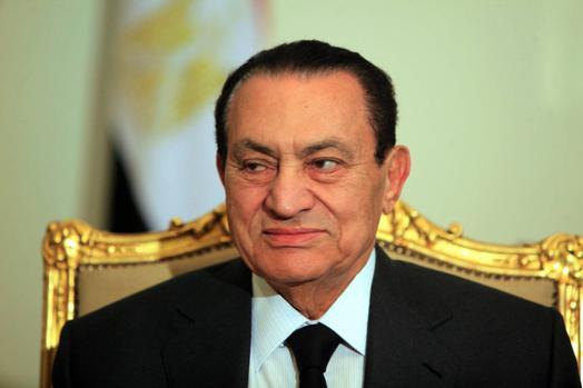 لأول مرة.. حسني مبارك يكشف السبب الحقيقي وراء رحيله عن السلطة وتفويض المجلس العسكري!