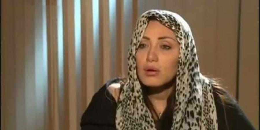 """ريهام سعيد: """"والله شوفت واحدة ملبوسة.. بطنها بتكبر وبتطلع دم من عينها"""" !!"""