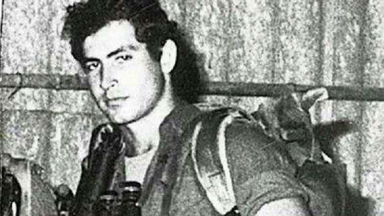 صحيفة إسرائيلية: تروي قصة هروب نتنياهو من جندي مصري أصابه برصاصة في الرأس أثناء حرب الاستنزاف 1969