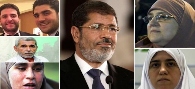 """محامي """" مرسي"""" يكشف كواليس هامة عن دفنه فجراً.. والأمن يسمح لنجله المحبوس بتشيع الجثمان"""