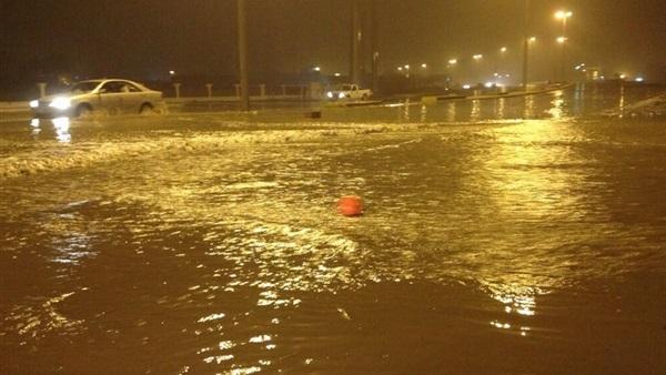 عاجل.. أمطار غزيرة ورعدية تضرب عدة مدن مصرية منذ لحظات.. والحكومة ترفع حالة الطوارئ