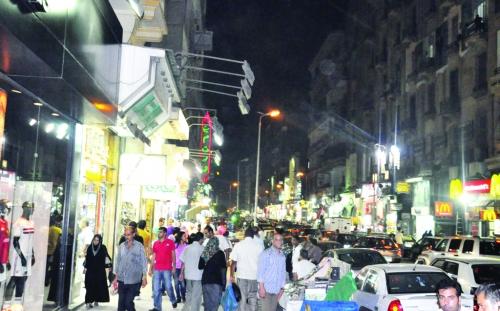بعد صدمة التكاتك..المحال التجارية والمقاهي على مائدة البرلمان وصدمة أخرى للمصريين بهذا القرار