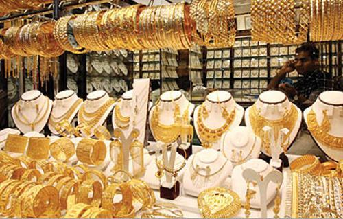 أسعار الذهب ترتفع بشكل غير مسبوق اليوم لتسجل رقم قياسي جديد منذ 5 أشهر