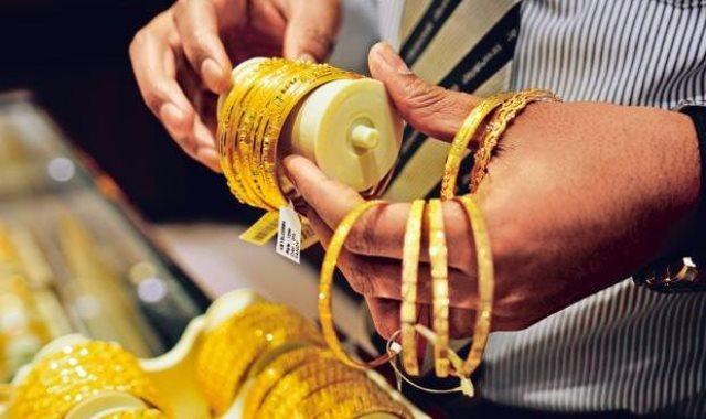 عاجل.. إرتفاع كبير في أسعار الذهب منذ قليل.. وعيار 21 يصدم المواطنين في أول أيام العيد !!