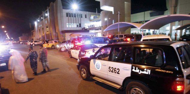 التوصيل مجاناً.. الشرطة الكويتية تلقي القبض على مصريين منذ قليل.. ومصدر أمني يكشف التفاصيل الأسباب