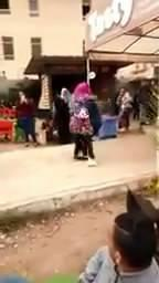 بالصور| «كنت بحتفل بعيد ميلادي».. بطلة حضن جامعة المنصورة تكشف مفاجأة أثارت دهشة الجميع 1