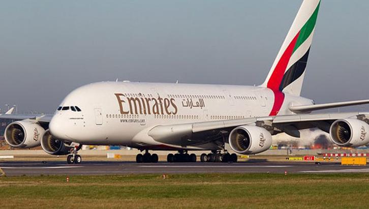 """عاجل.. الإمارات تصدر بيان رسمي بشأن طائرة """"القاهرة -دبي"""".. وتؤكد: """"سلامة الركاب أهم"""""""