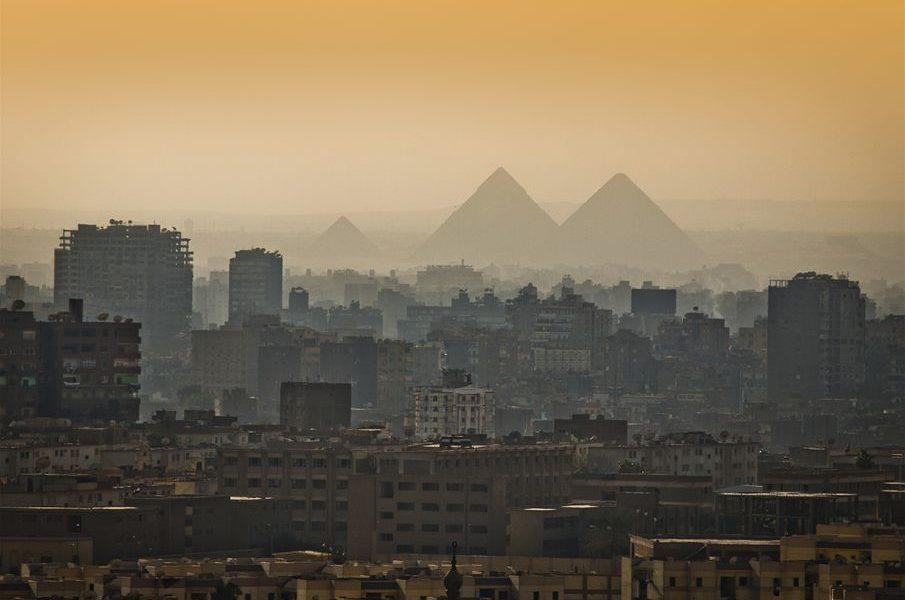 """الأرصاد تكشف حقيقة تعرض مصر لـ """"ظاهرة نورما"""".. وتكشف مفاجآة بخصوص طقس السبت والأحد"""