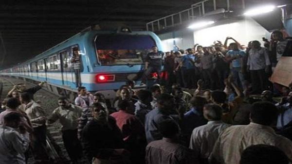 الصورة الأولى لمحطة مترو أرض المعارض بعد وفاة شاب أسفل عجلات المترو