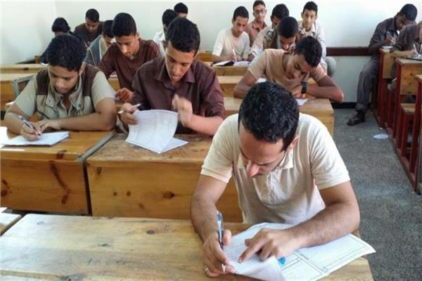 """التربية والتعليم تكشف موعد بدء كتابة """"الإستمارة الورقية"""" لطلاب الثانوية.. وتعليمات هامة لأولياء الأمور"""
