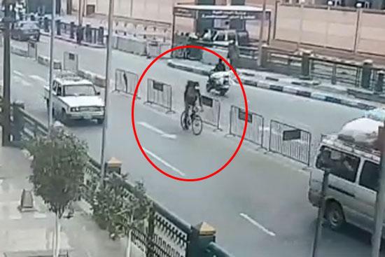 شاهد أول صورة للإرهابي مفجر نفسه بالدرب الأحمر… وفيديو لحظة التفجير
